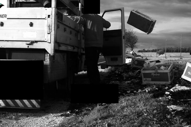 Abbandono rifiuti nel Parco Alta Murgia