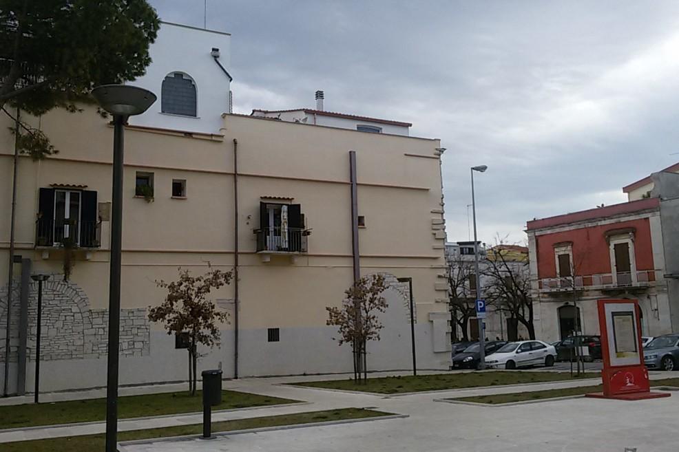 Piazza Dante. <span>Foto Teresa Fiore</span>