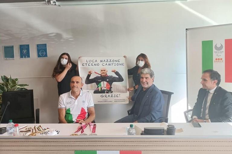 Festa per Luca Mazzone