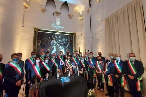 I rappresentanti dei 41 Comuni dell'area metropolitana di Bari