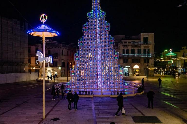Albero di Natale in Piazza Matteotti. <span>Foto Davide Pischettola</span>