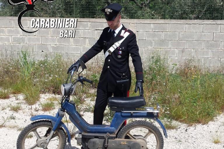 Il ciclomotore sequestrato dai Carabinieri
