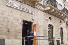 Assalto al bancomat, malviventi sparano contro i vigilanti