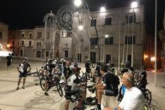 Via le auto dal centro storico: arrivano le mountain bike!