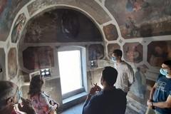Successo per la visita straordinaria della chiesetta della Santissima Trinità