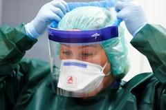 Dagli olivicoltori pugliesi respiratori polmonari e dispositivi di protezione al Policlinico di Bari