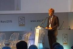 Faccia a faccia a Bari tra il sindaco Chieco e il ministro Delrio