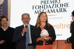"""Premio Megamark, vince Eleonora Marangoni con il suo romanzo """"Lux"""""""