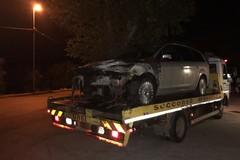 Auto in fiamme in viale Ettore Fieramosca