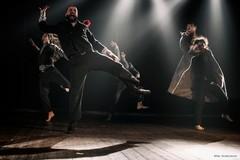 Il paese dagli occhi sorpresi: il teatro per le strade della città incontra Leonardo e la luna