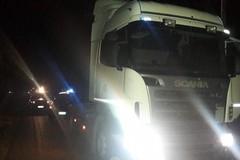 Metronotte sventano il furto di mezzi pesanti in una azienda