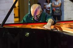 Addio a Gianni Lenoci, maestro del jazz. Il suo ultimo concerto a Ruvo di Puglia