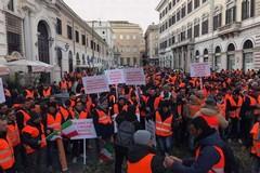 Gilet arancioni a Roma, Corato e Ruvo di Puglia in prima linea