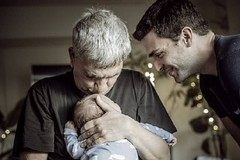 """Nichi Vendola con Ed e il figlio Tobia, """"scappano"""" a Calendano"""