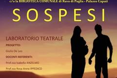 """""""Sospesi"""", gli studenti del Tannoia a teatro"""