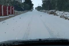 La neve imbianca Ruvo di Puglia, in azione gli spargisale