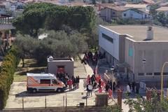 Covid, il personale scolastico di Ruvo vaccinato nella vicina Molfetta