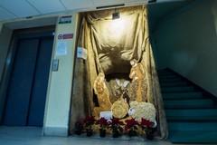 """Il """"presepe della legalità"""" a Ruvo di Puglia creato con i materiali di scarto"""