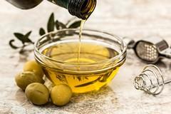 Invasione di olio straniero in Puglia, «È SOS qualità»