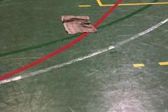 Palazzetto in via Alessandro Volta è un colabrodo! Allarme delle società sportive