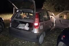 Vigilanti inseguono ladri, recuperata auto rubata e refurtiva
