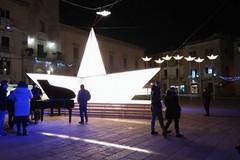 La barca di piazza Matteotti sarà rimossa il 3 aprile