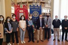 Dal Rotary di Molfetta 2000euro in buoni spesa al Comune di Ruvo