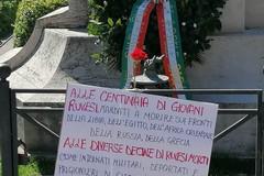 Garofani rossi e strade intitolate ai partigiani ruvesi «Per spargere il seme della memoria»