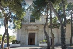 Pietra d'inciampo al santuario Madonna delle Grazie in ricordo di don Tonino Bello