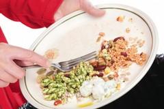 Gettate 310mila tonnellate di cibo all'anno, esaurite le risorse della Terra. Decalogo antispreco