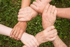 TuttixTutti, prorogate le iscrizioni per i finanziamenti per progetti parrocchiali di solidarietà
