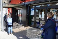 Supermercati e ipermercati chiusi il 2 giugno, la richiesta dei sindacati