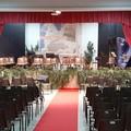 Luci, colori e suoni dal grande palco: ultimi preparativi per il gran concerto di Capodanno