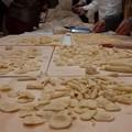"""""""Mani in pasta"""", in un laboratorio tutti i segreti della pasta fresca"""