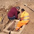 Due sepolture e resti umani ritrovati nel cantiere di via Alberto Mario