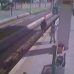 Aggressione in stazione: la donna voleva rivedere i figli