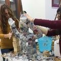 """""""Luci e suoni d'artista"""": studenti e volontari a lavoro fino all'accensione"""