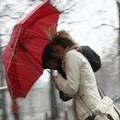Pasquetta di vento, la Protezione Civile lancia l'allerta
