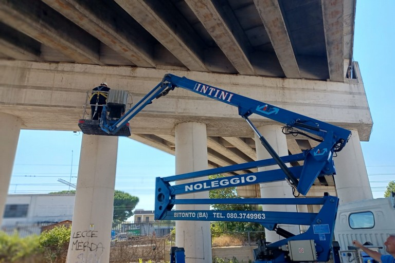 Controlli ponte zona industriale