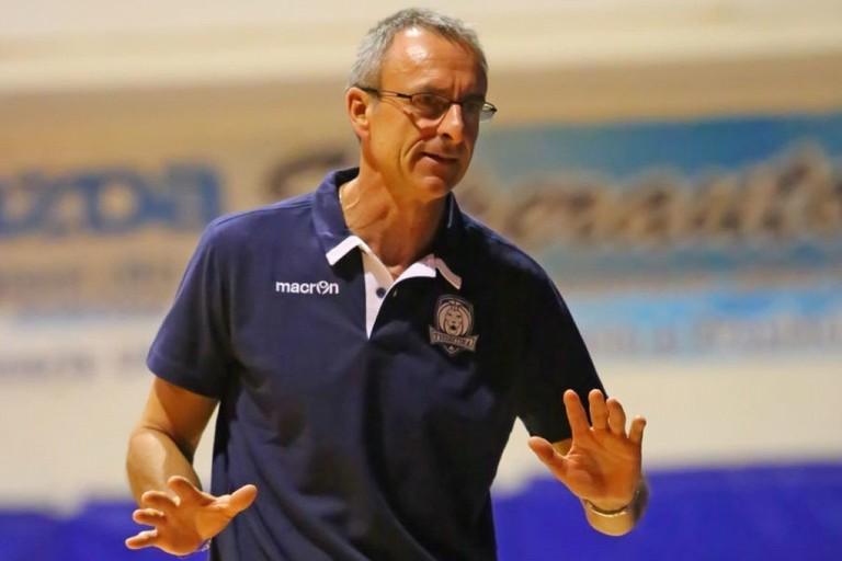 coach Giulio Cadeo