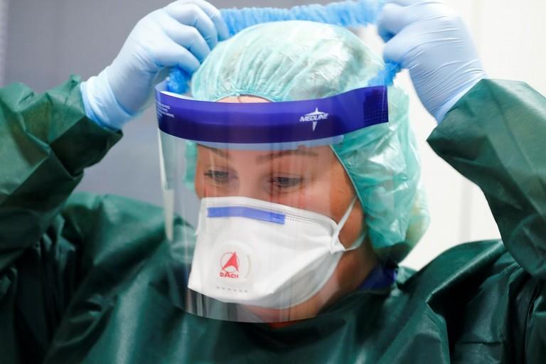 Coronavirus, dispositivi di protezione