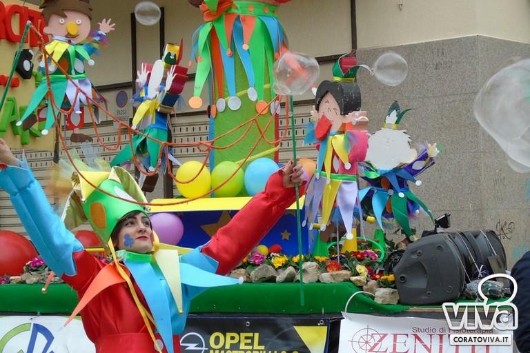 L'esercito dei giullari della Scuola di Titty protagonista al Carnevale Coratino