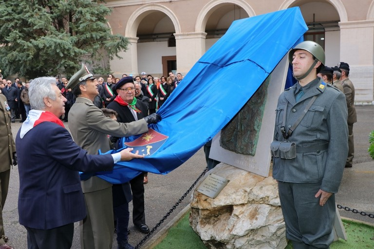 Inaugurazione Monumento Caserma Picca