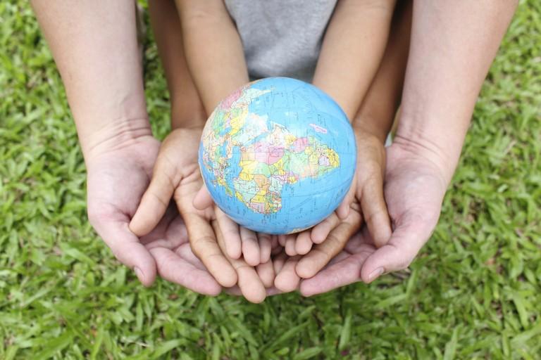 Tavole a festa: una serata di solidarietà ecosostenibile