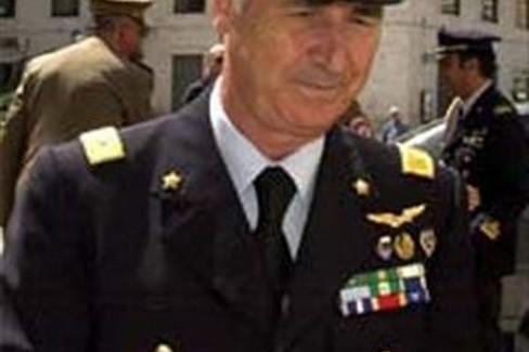 Generale Mazzone. <span>Foto Aeronautica Militare</span>