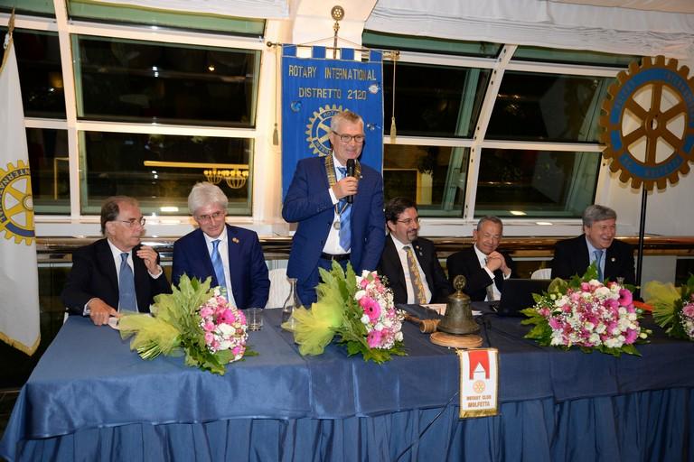 Passaggio del martelletto al Rotary Club di Molfetta