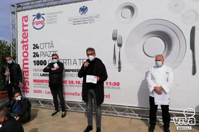Protesta ristoratori a Bari