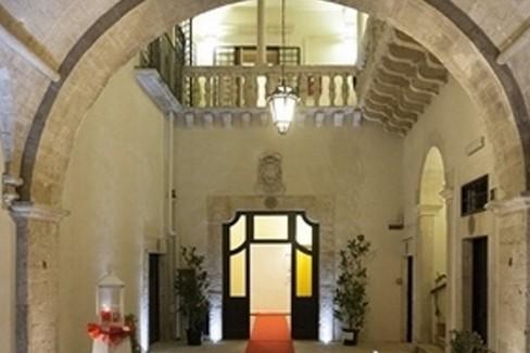 Palazzo Caputi