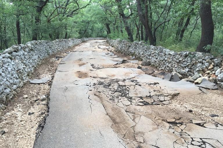La precedente condizione della strada Scoparello