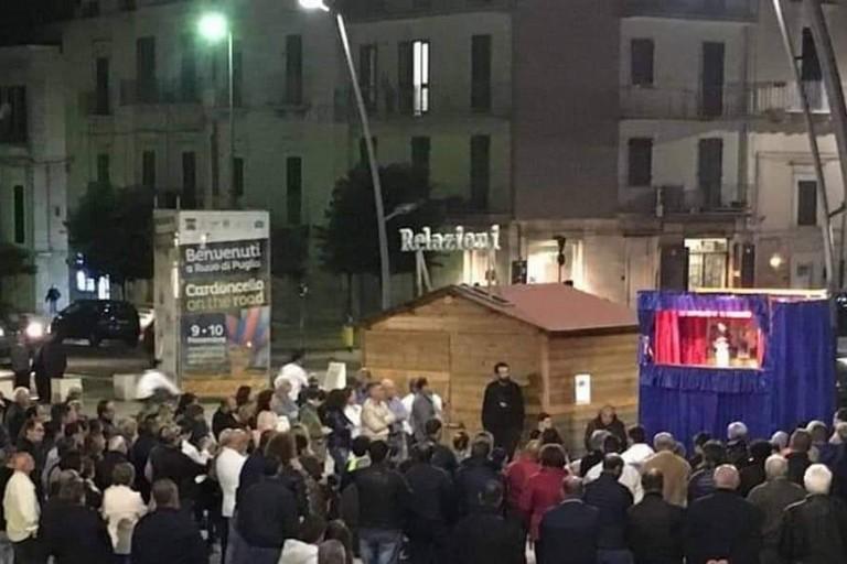Teatro dei burattini in piazza Matteotti